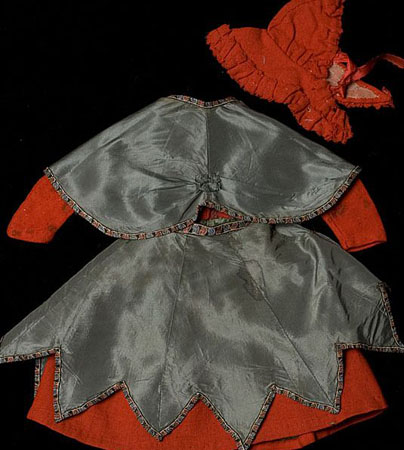 Antique woll dress & Hat