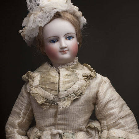 Bru Fashion Smailing doll