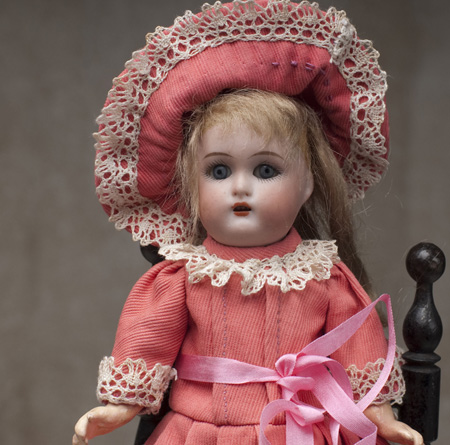 Walking Mignonette Doll w/closed eyes
