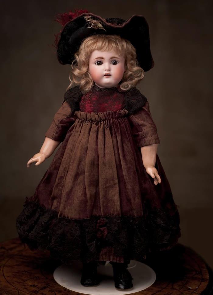 Редкая кукла фирмы Kammer and Reinhardt в ОРИГИНАЛЬНОМ костюме 1890-е годы