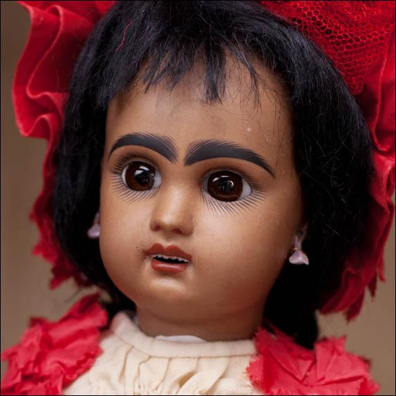 Кукла Jumeau - мулатка