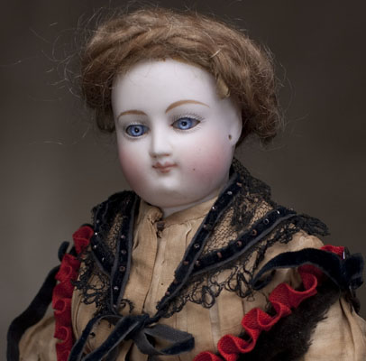 Rare Early Fashion Bru Doll