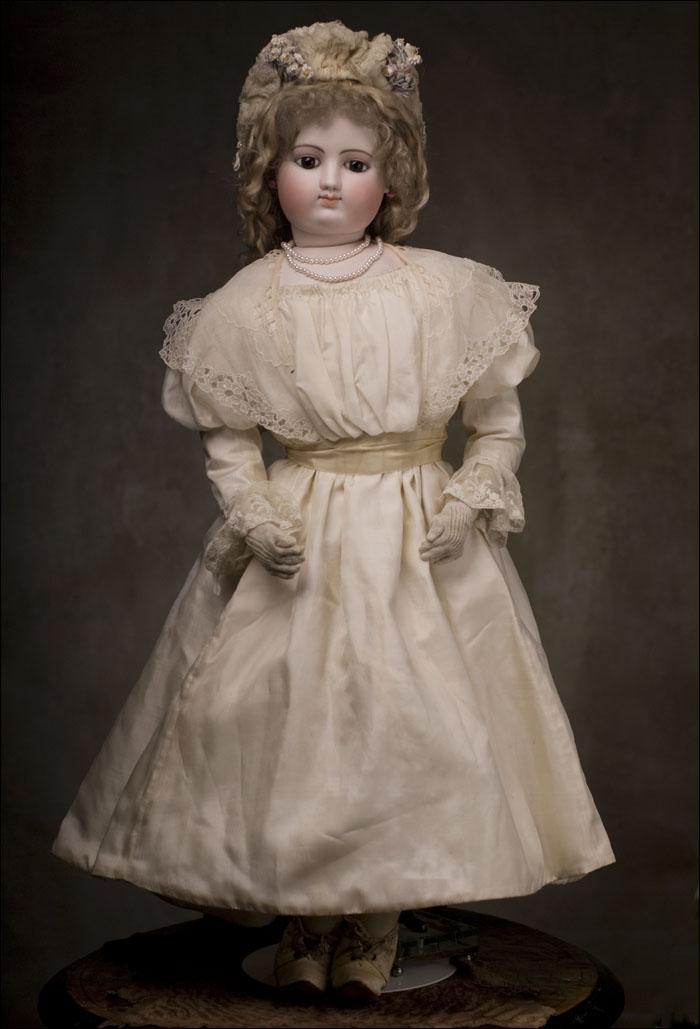 Редкая выставочная кукла фирмы GAULTIER - Франция, 1870-е годы, высота 88 см!