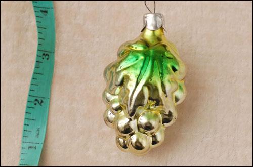 Antique Christmas ornament VINEGRAPES BUNCH