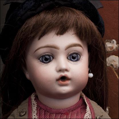 Кукла BRU Bebe Teteur 32см