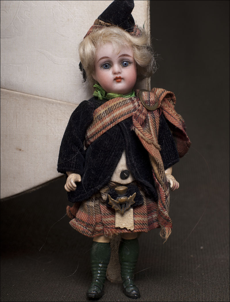 SH and KR Migninette doll. original costume