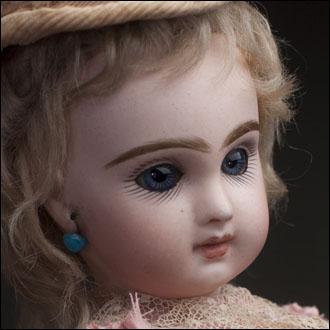 Tiny Jumeau Doll size1