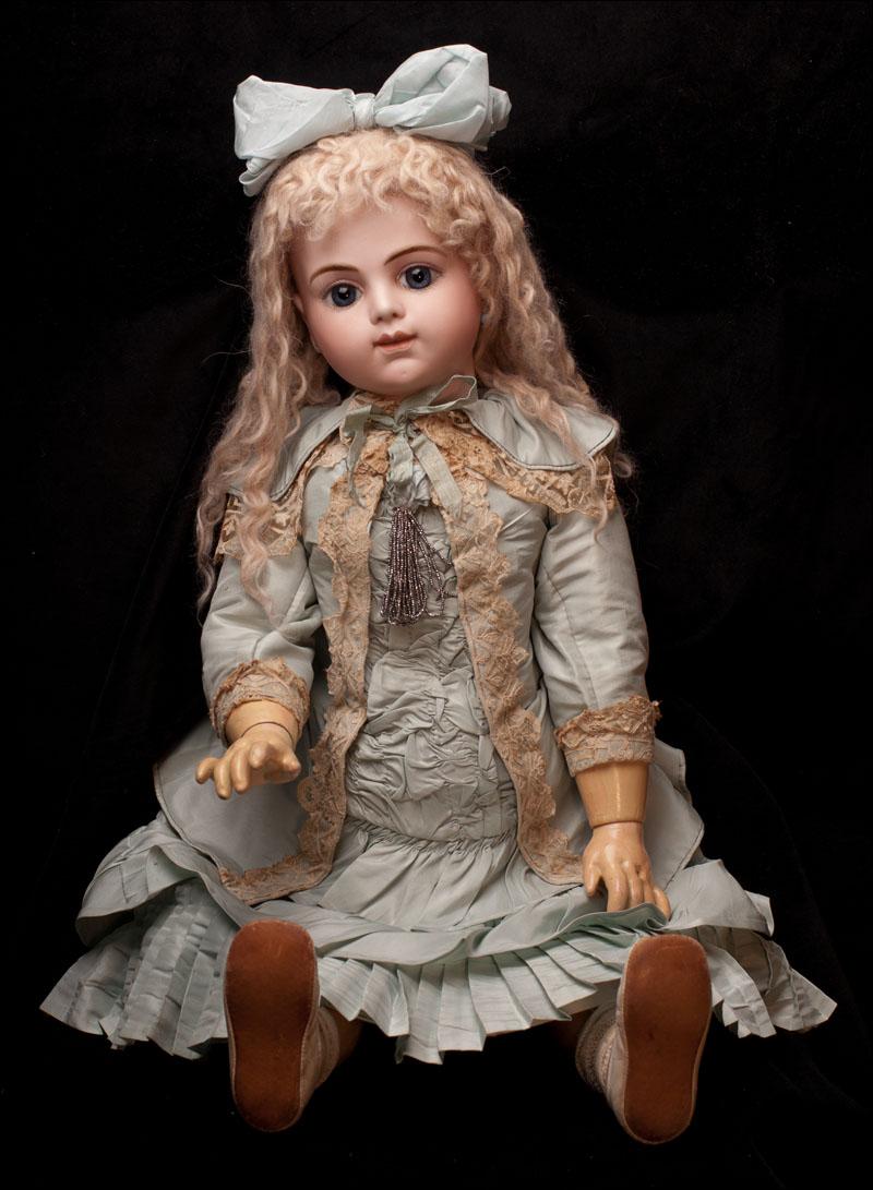 Кукла БРЮ - 74 см