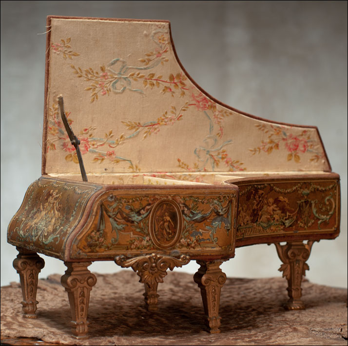 French Piano - Music Box