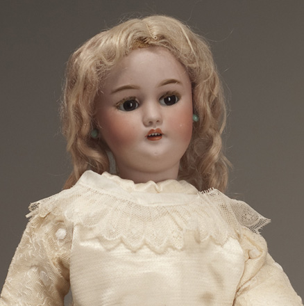 Rare Walking Flirting S&H R&D Doll