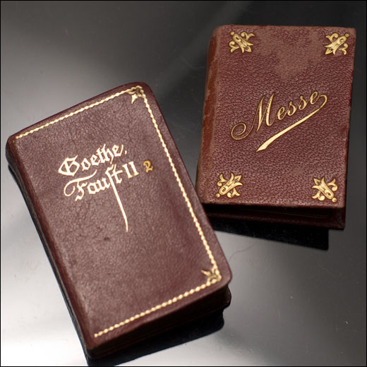 2 Miniature books f/French Fashion doll