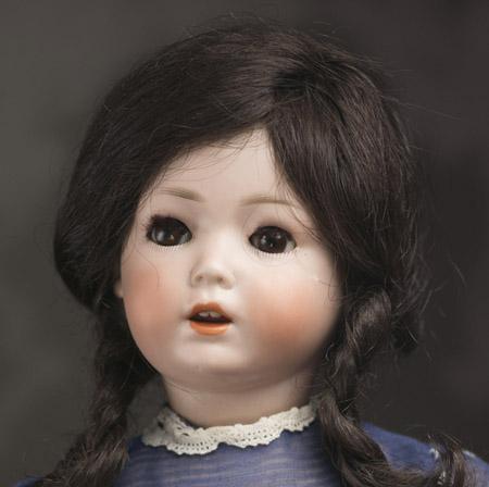 SCHOENAU & HOFFMEISTER  Hanna Character Doll