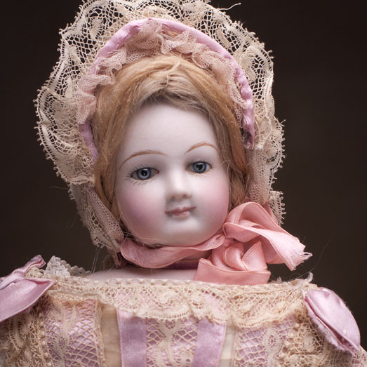 Antique French Fashion Simonne doll