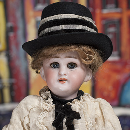 10 in DEP french market doll
