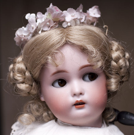 Doll with flirty eyes