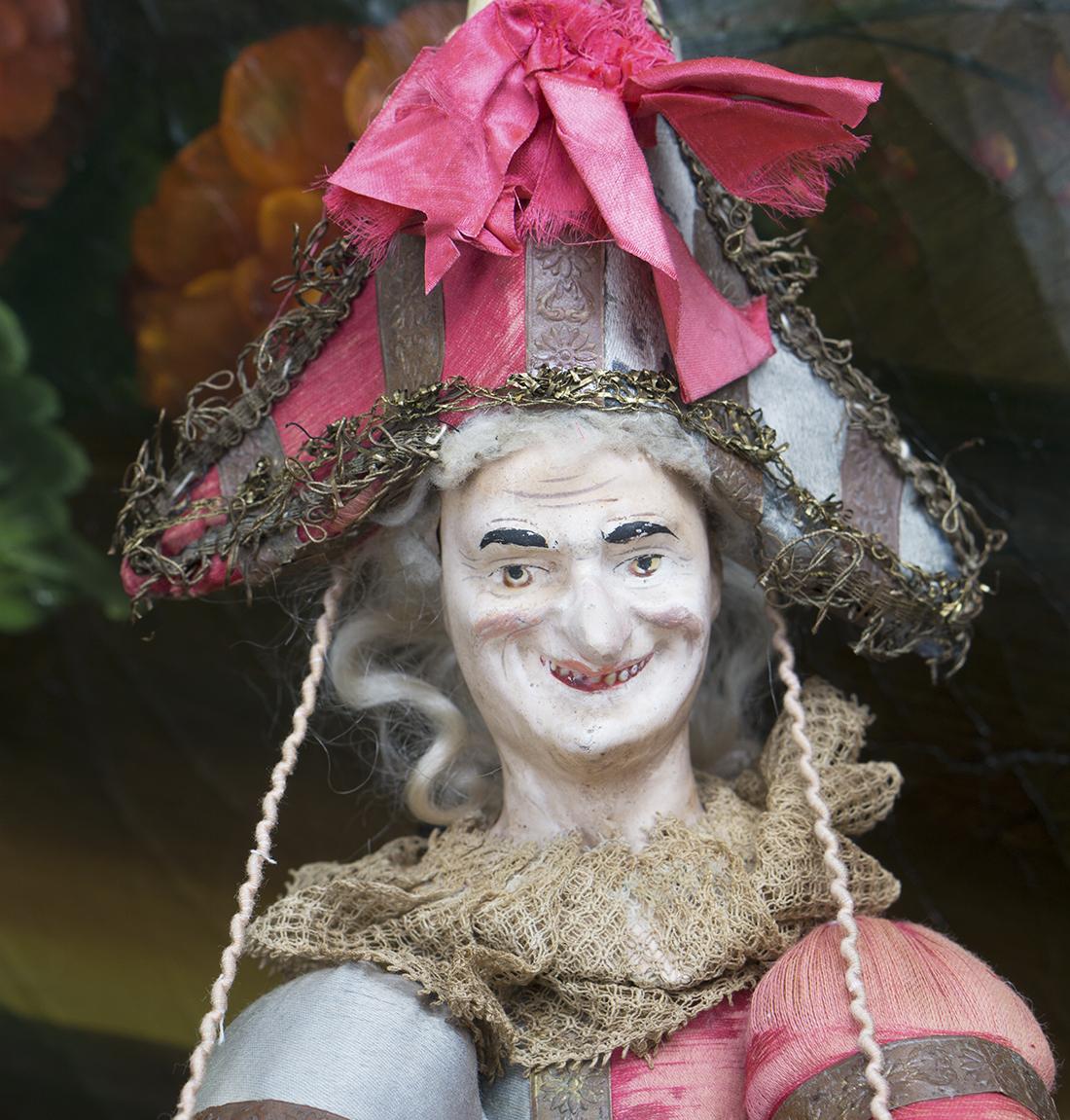 Французская кукла Полишинель