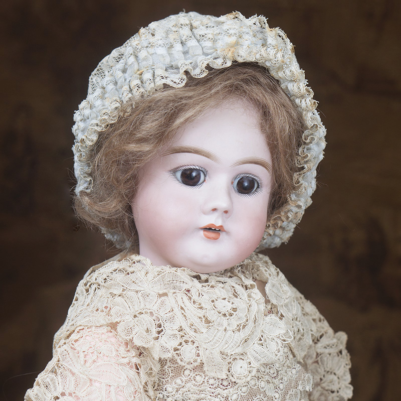 Antique Handwerck 99 DEP doll