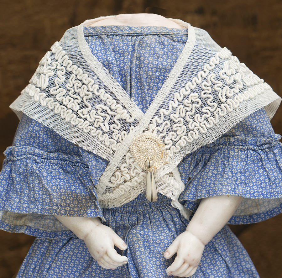 Doll shawl #1
