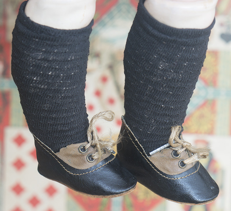 Doll shoes and socks
