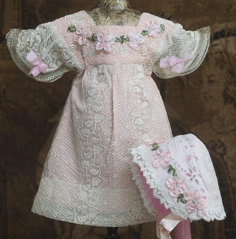 Старинной французское оригинальное платье и боннет для куклы 43-46 см