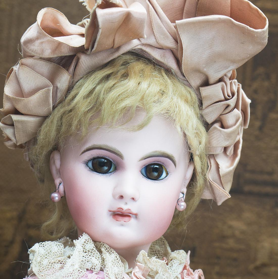 EJ bebe Doll