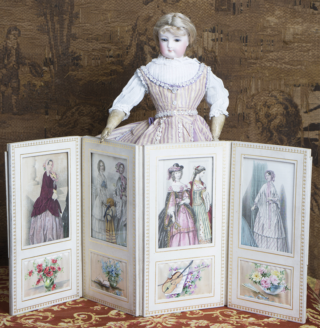 Antique doll screen