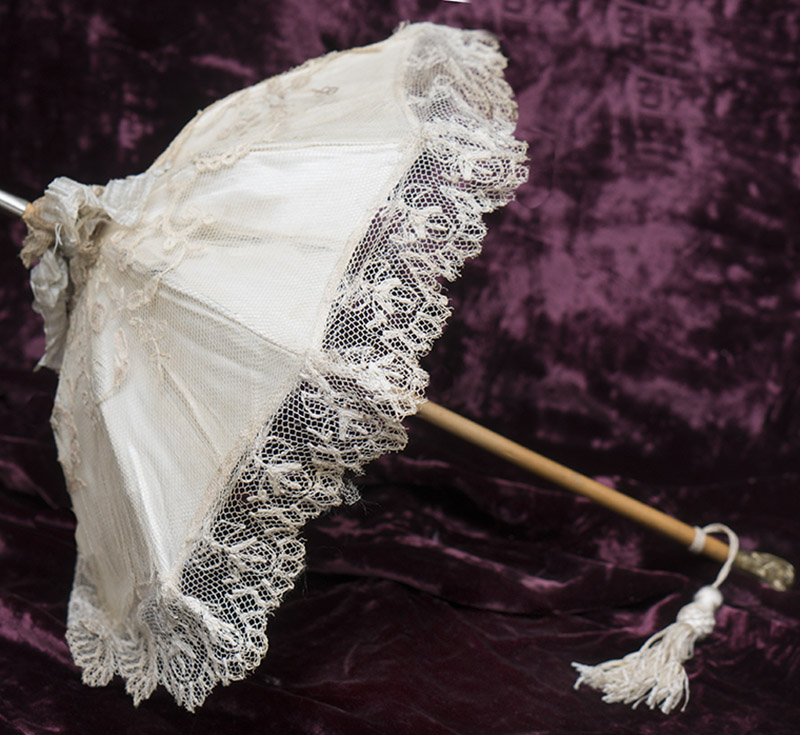 Doll parasol with Dog head