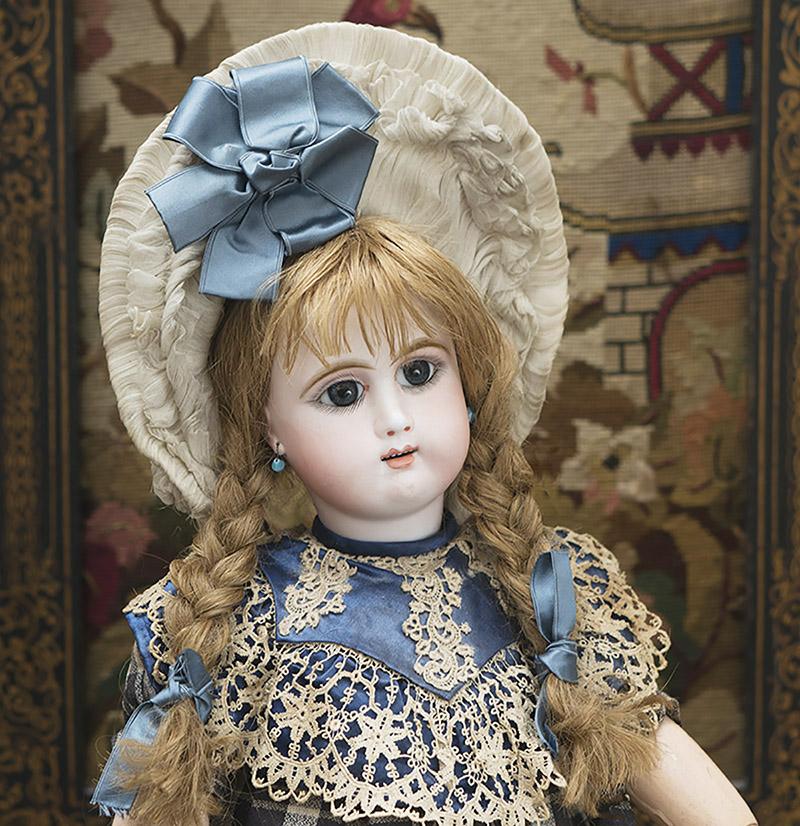 58 см Редкая кукла фирмы JULLIEN в оригинальном костюме