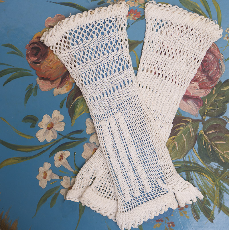 Antique French Original Crocheted Fingerless Gloves