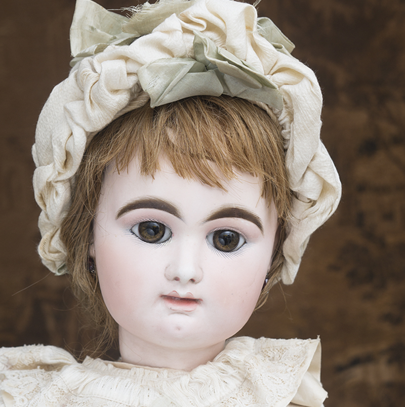 Large Rabery and Delphieu doll