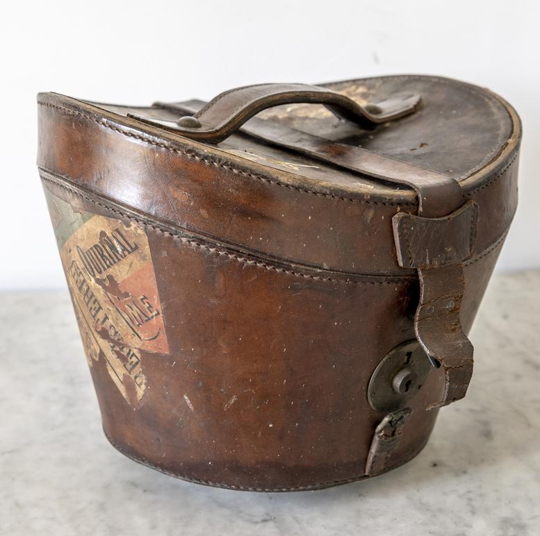 Старинная Кожаная шляпная коробка, 1840 год