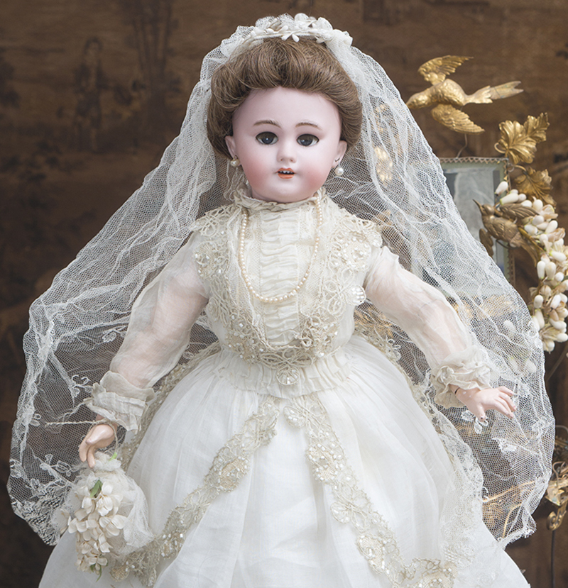 52 см Кукла-Леди в свадебном костюме