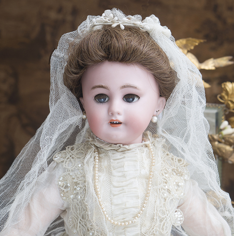 Antique Lady doll DEP