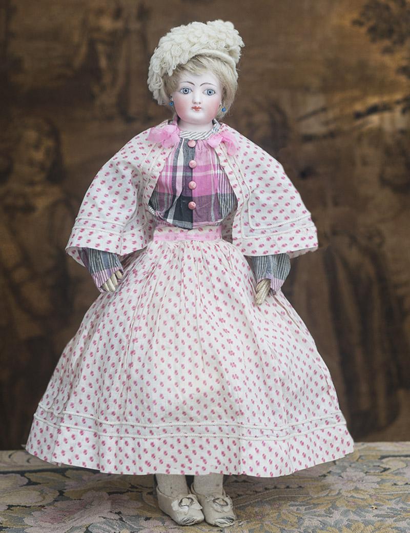 Модная кукла готье в оригинальном костюме