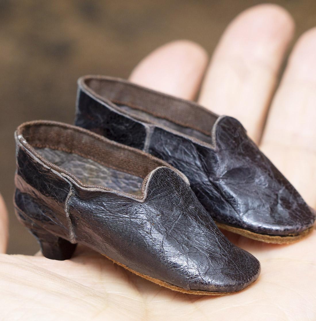 Antique fashion doll shoes