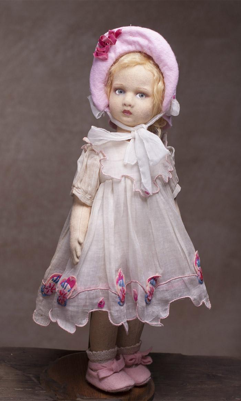 Итальянская Кукла LENCI в оригинальном платье из органзы. Высота -  43 cм, 1930-е годы