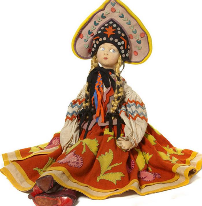 Rare LENCI Russian dancer