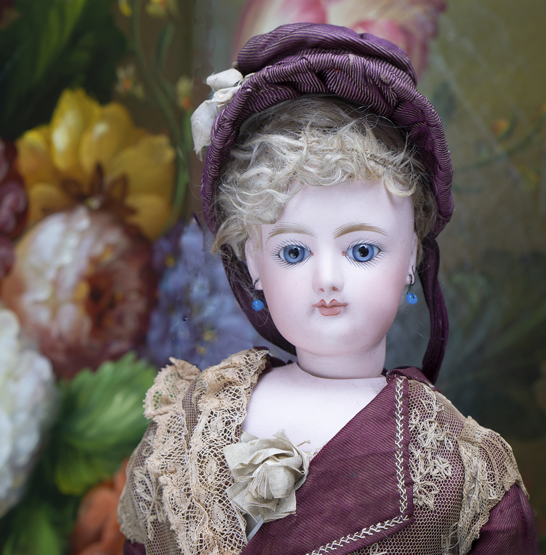 Antique fashion Jumeau doll