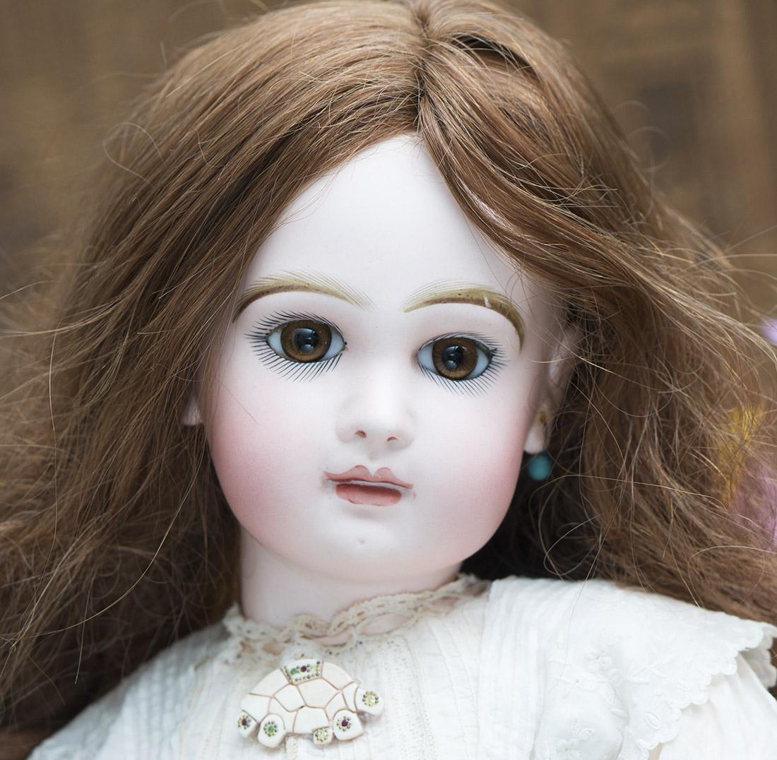24in Jumeau Bebe doll size 11