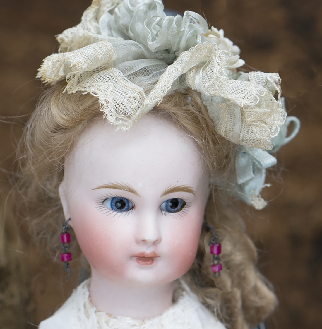 Extra photos Kling doll