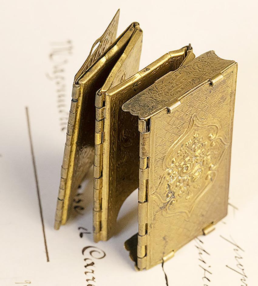 Antique Case accessory