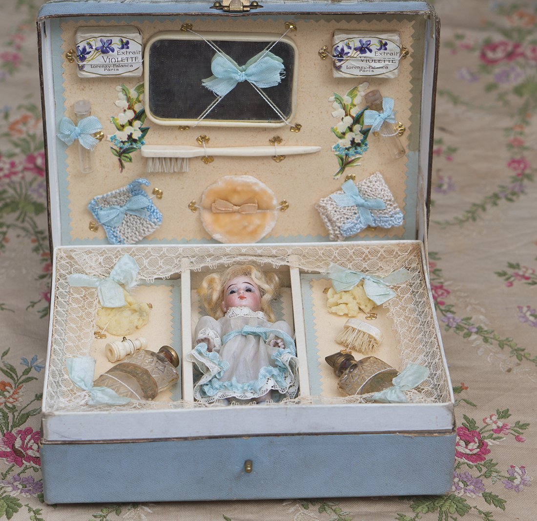 Presentation box with mignonette