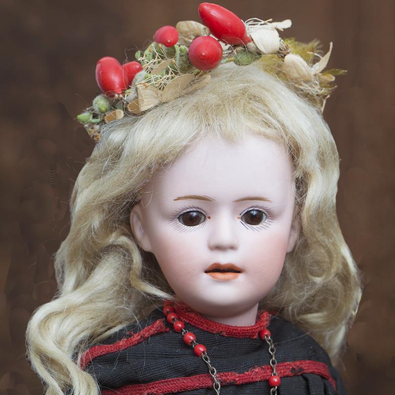 Character Heubach doll 7711