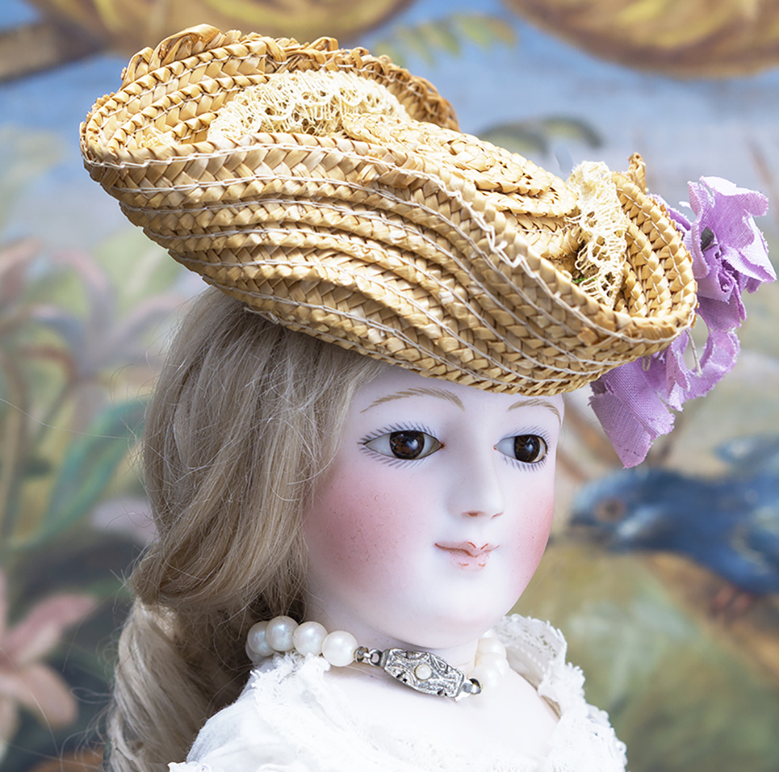Portrait fashion doll by Dehors
