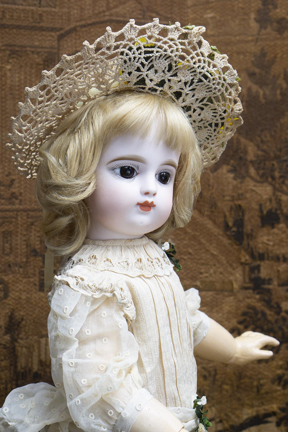 69 см Кукла Готье с закрытым ртом, в оригинальном платье