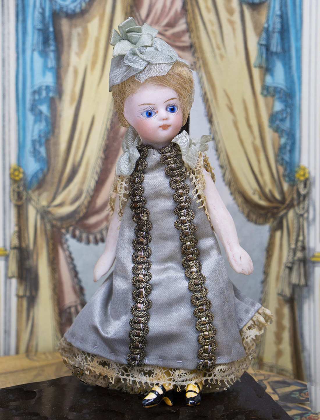11см Французская кукла Mignonette в оригинальном костюме
