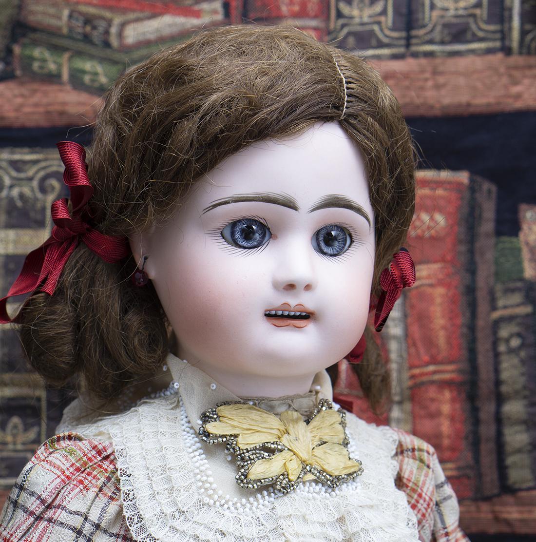 RD bebe doll
