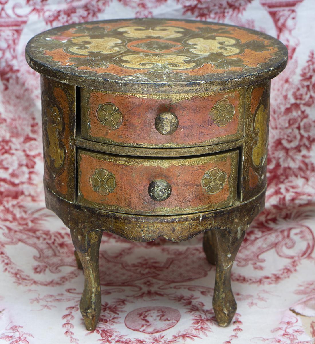 Старинный французский кукольный столик