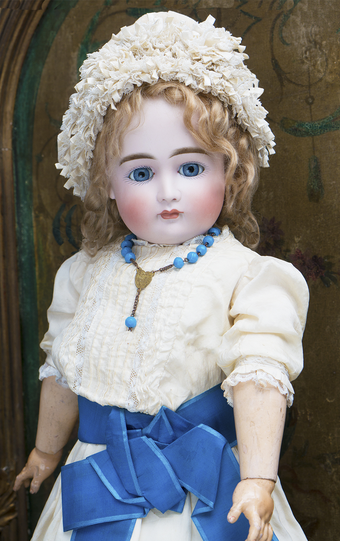 Кукла Кестнер с закрытым ртом 58см