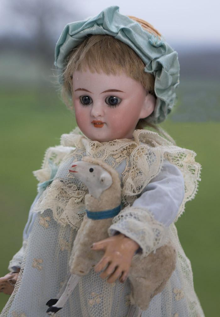 23 см  Куколка S&H DEP 749 для французского рынка, 1888 год